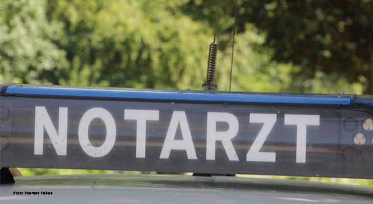 Frontalzusammenstoß - Fahrer eingeklemmt - Zwei Schwerverletzte