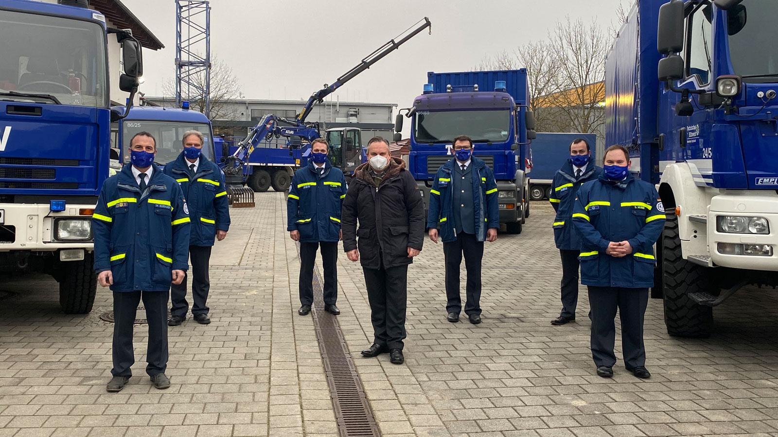 Oberbürgermeister Scharpf lobt das THW bei Besuch